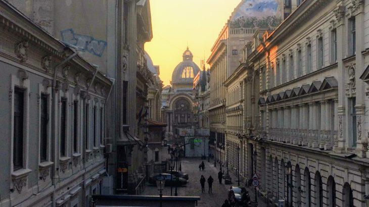 「バルカンの小パリ」ルーマニア・ブカレストのエリア別観光スポット