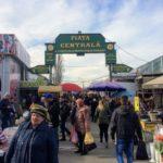 キシナウのディープすぎるローカルスポット、中央市場に潜入してみた。