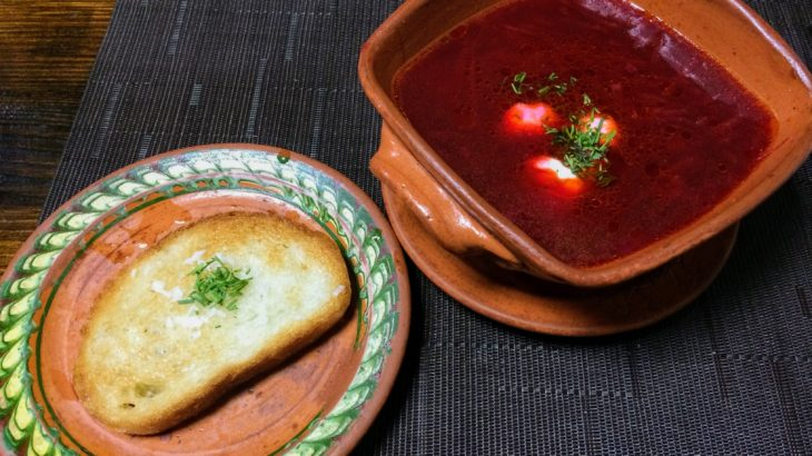 知られざるウクライナ料理の世界へようこそ。定番23品を写真&予算付きで紹介。
