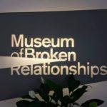 クロアチア・ザグレブの失恋博物館。ほろ苦い恋の香り漂う、笑いと感動が共存する空間へ。