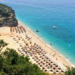 ヨーロッパで最も美しいビーチ!ヒマラの町からアルバニアのリビエラをトレッキング。