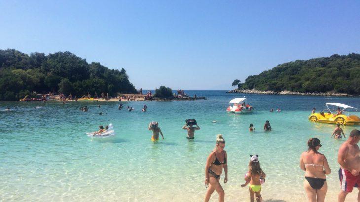 見どころは周辺にあり!アルバニア・サランダの観光・移動・ホステル情報。