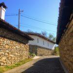 建物の3分の1が重要文化財!石塀の村・アルバナシを日帰り観光【アクセス情報】