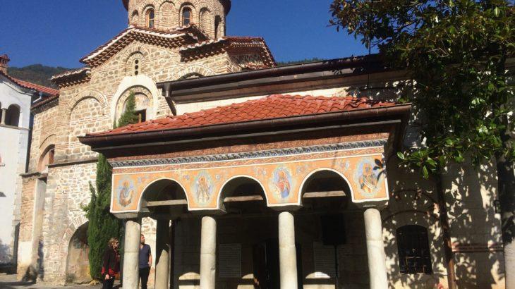 【ブルガリア】バチコヴォ修道院の華麗なるフレスコ画の世界へ【見どころ・行き方】