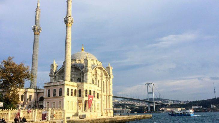 イスタンブール観光の穴場!オルタキョイ〜ベシクタシュ地区散歩。【観光・アクセス】